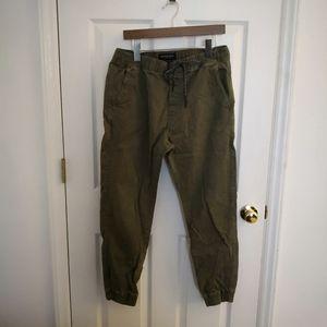 American Eagle men's khaki pants
